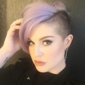 kelly-osbourne-purple-mohawk