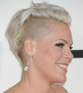 pink-at-2014-grammy-awards-in-los-angeles_5